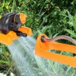 Billegős négyszögesőztető kerti szórófej műanyag karos 15 l/min